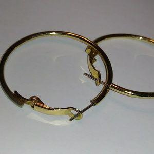 🌸FASHION Loop Earrings